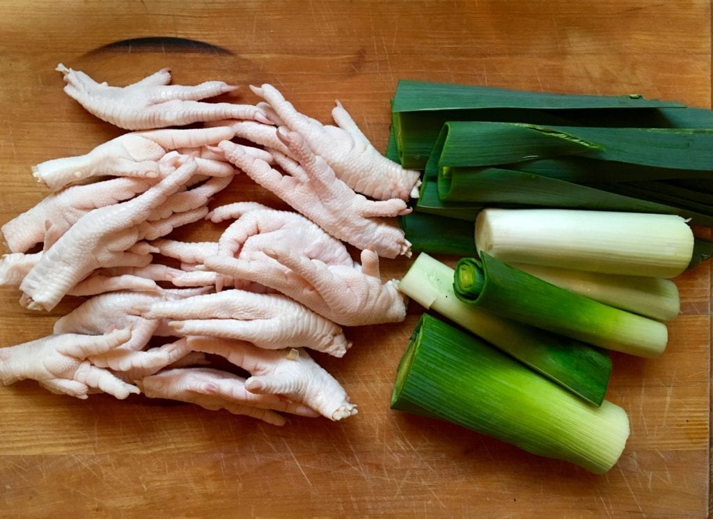 chicken feet and leeks
