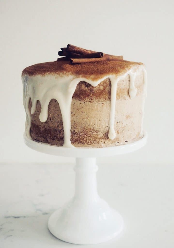 cinnamon bun layer cake