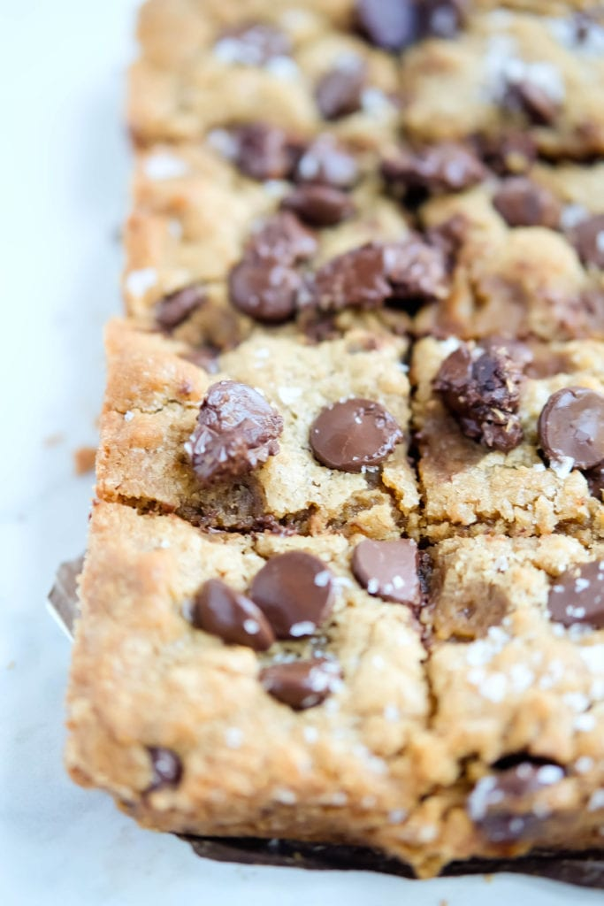 chocolate chip cookie butter blondies