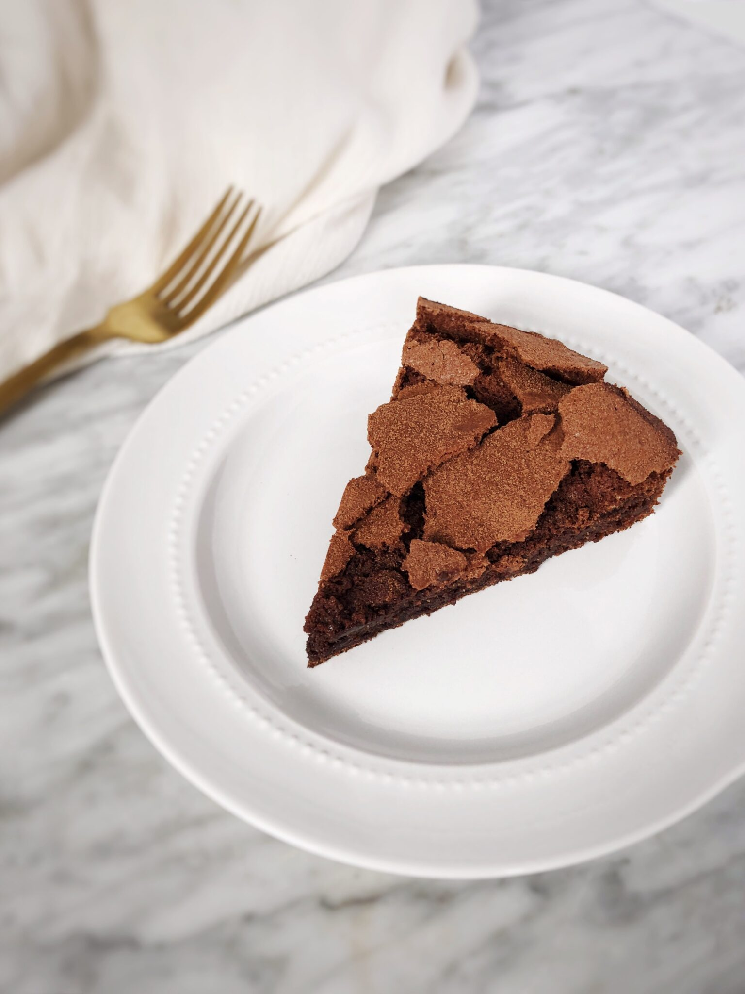 flourless chocolate olive oil cake
