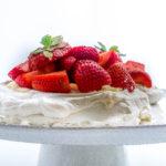 mini strawberry pavlova