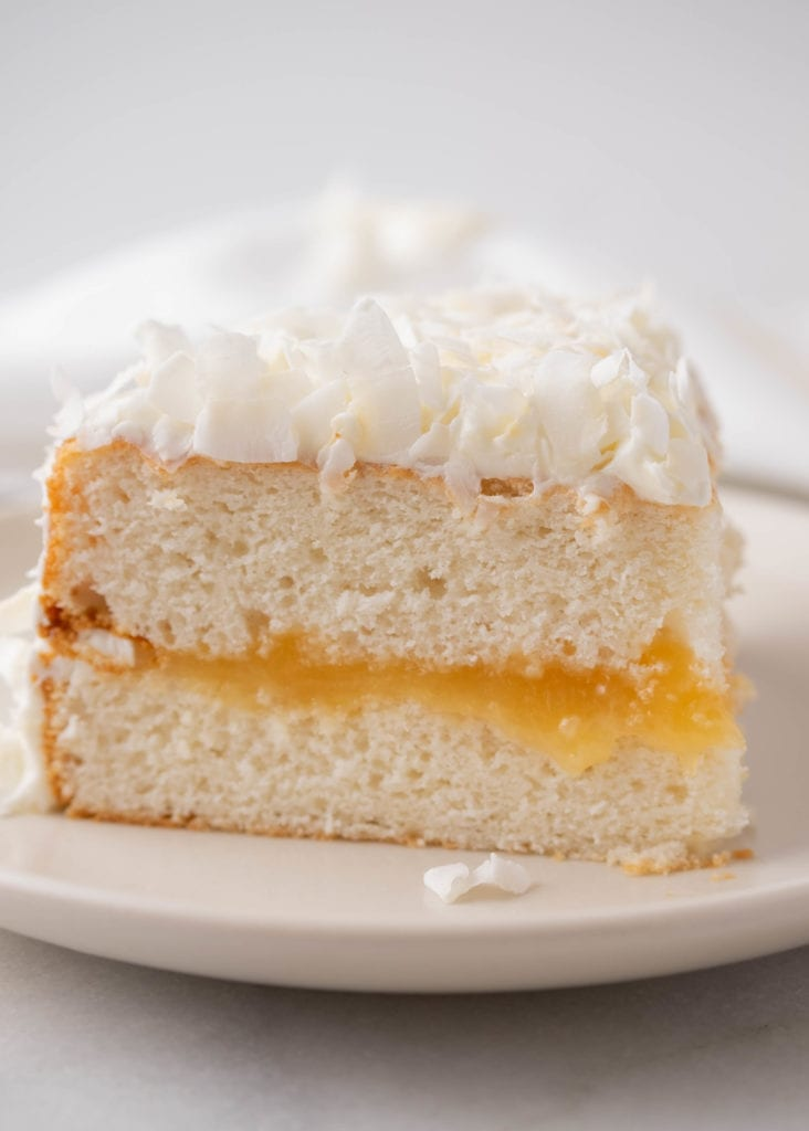 Coconut cake with lemon curd filling
