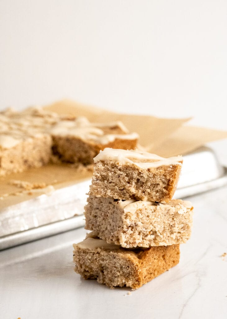 Vegan Chai Blondie Bars
